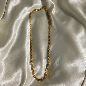 NWT - Classic Gold Chain Necklace